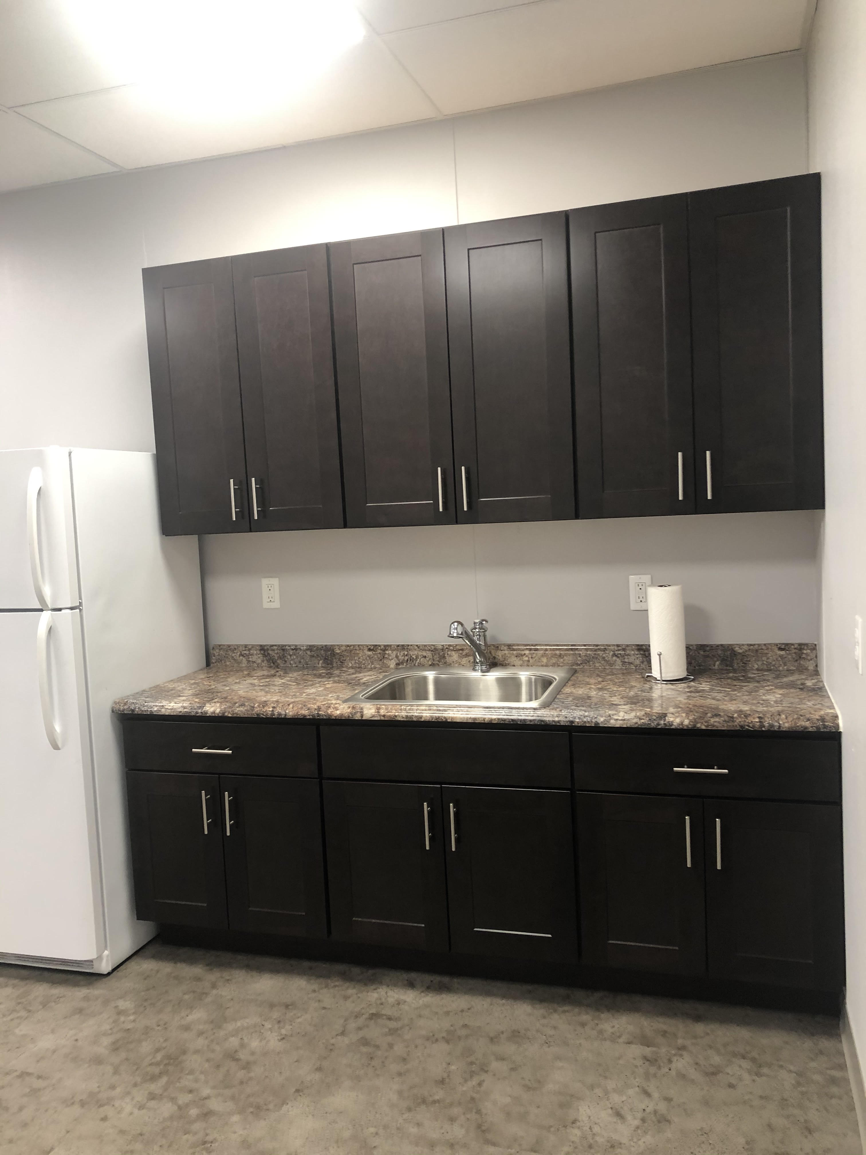 DRIVE Professional Building Lunch Room Kitchenette